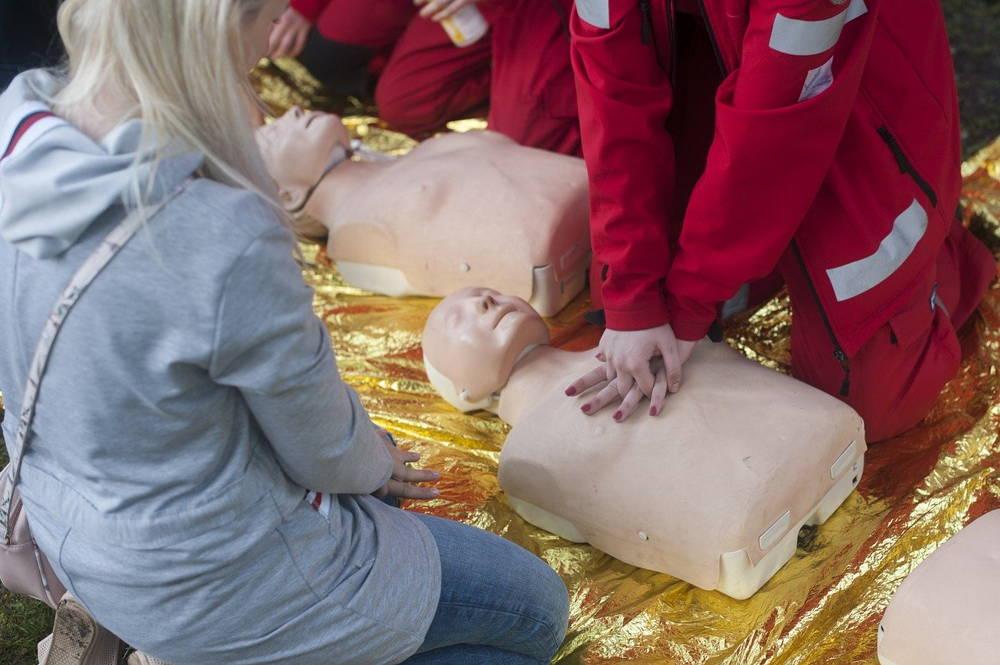 Resuscytacja krążeniowo-oddechowa, czyli pierwsza pomoc